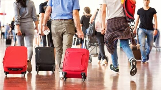Traveling on thanksgiving? Check this post out to know how my family and I always save traveling on thanksgiving. Click through to save money on your next trip.